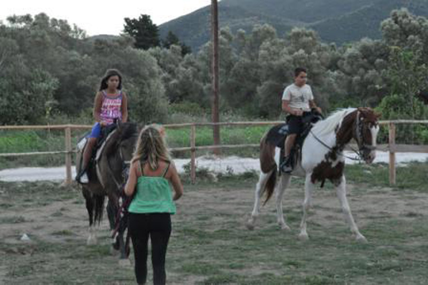 horse riding vassiliki 3